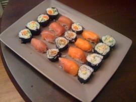 Maki sushi e nigiri sushi