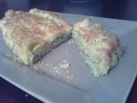 Torta salata con coste e porri