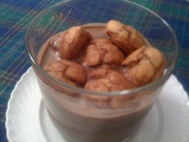 Bignè in salsa di cioccolato al rhum